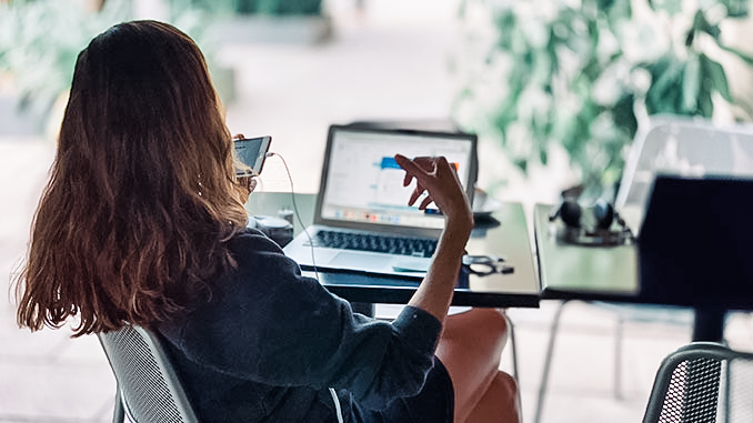 Bild zu 2019 wird digital: karriere tutor® Best Of Digitalisierung und Ausblick